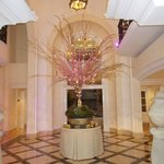 lobby area, well decorated