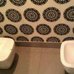 Separate toilet/bidet