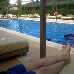 over 18 relax pooli