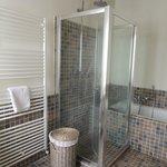 Malvasia Bathroom