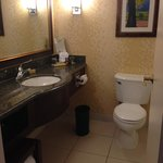 immaculately clean bathroom