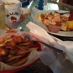 Great coconut shrimp and a wonderful dish of Low Country Boil. Great outdoor venue on the water