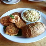 Kelly's Landing: Lobster & Crab Cakes