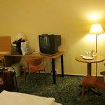 コンフォート ホテル リヒテンベルグ・・・TVは時代遅れのブラウン管