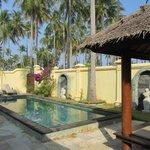 la piscina della pool villas