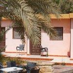 Courtyard at noon,El-Beshmo Lodge Hotel,Bawiti,27 April 2013