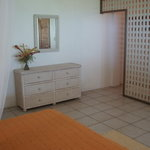 Apt 1 bedroom-changing room
