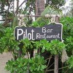 Pilot Bar