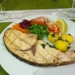 A wonderful swordfish steak in Dom Pipas restaurant
