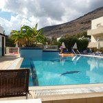 lovely clean and well maintained pool area