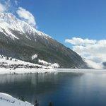 neve al lago