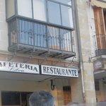 Un bar GUARRO, GUARRO Y MÁS QUE GUARRO