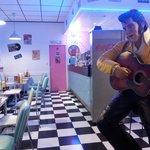 Le Ritchie's Diner, incontournable pour les amateurs cuisine US, les nostalgiques des Golden six
