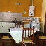 Cocina comedor cabaña 4 pax