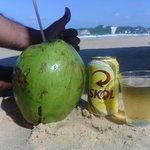 Agua de Coco e Skol