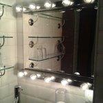 Movie star mirror!