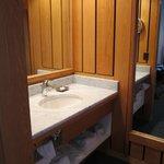 Separate sink/ toilet & bathtub