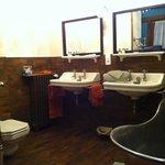 Une très jolie salle de bain