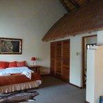 Slaapkamer met sanitairhuisje