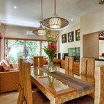 Villa Seriska Dua, Seminyak Dining living room