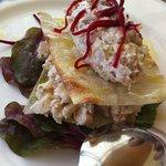 Tartar de sepia con marisco y setas