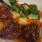 Lamb chops sautéed in garlic and red wine