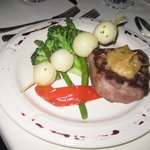beef tenderloin meal served at wedding