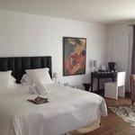Vue de la chambre avec king size bed