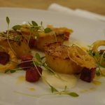 scallops and chorizo with white onion puree and onion rings