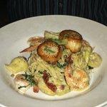 Super shrimp and scallops!!