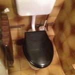 Le wc et la tuyauterie