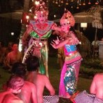 BALINESE SEAFOOD AND SHOW AT HOTEL