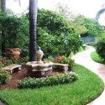 Garden & Sitting area