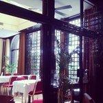 Interieur du restaurant, très classe, sans excés...