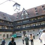 Alte Hofhaltun・・・歴史を重く感じる建物