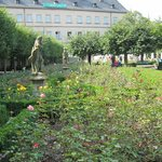 Rose Garden at the New Residenz・・・薔薇園