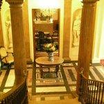 escalier et bar