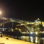 vista noturna na ponte