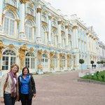 We explore Catherine's Palace with Vika