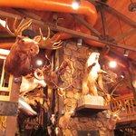 Days Inn Thermopolis: hunters trophies restaurant
