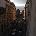 Aussicht aus Zimmer 205 Richtung Senat / Jardin de Luxembourg