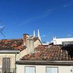 Aussicht aus dem 4. Stock über die Dächer von Marseille