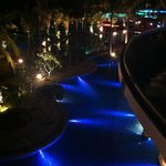 NightView to swimming pool
