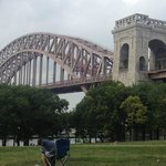 Astoria park and Hell Gate bridge
