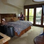 Zimmer mit Kingsize Bett