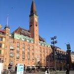 Hotel vom Rathausplatz aus