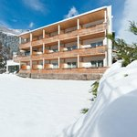 Hotel im Winter/ hotel d'inverno/ hotel in the winter