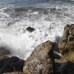 Океан потрясает своей мощью!