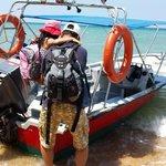Off boarding from speed boat