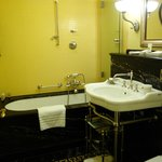 Bathroom 417